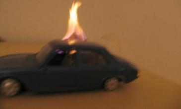 auto_brennt.jpg